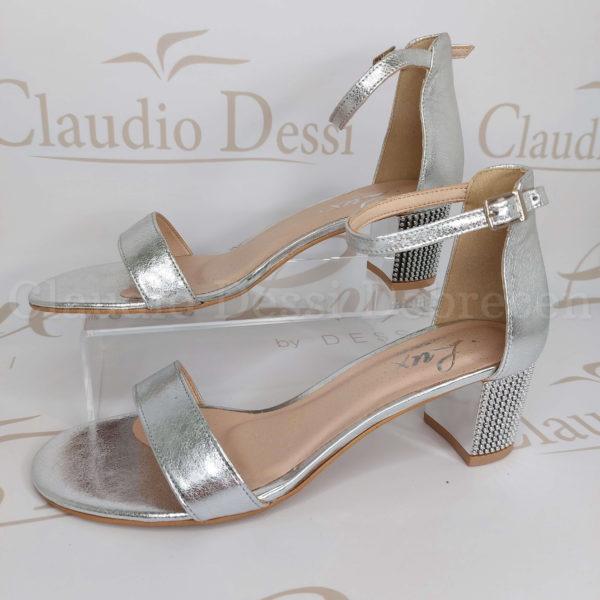 Lux by Dessi 379 ezüst szanda