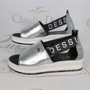Lux by Dessi 612 ezüst szanda