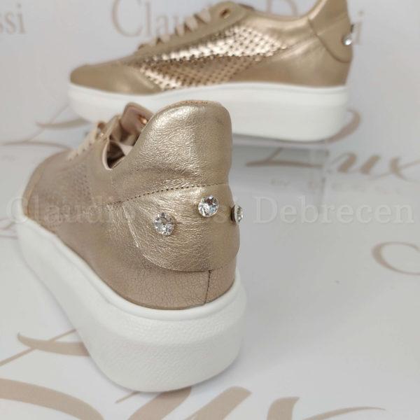 Lux by Dessi LONA arany sneaker