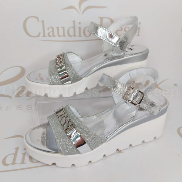 Lux by Dessi 01 ezüst szanda