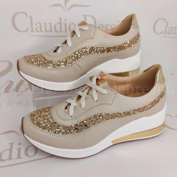 Lux by Dessi 8071 bézs sneaker
