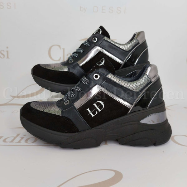 Lux by Dessi 0093-48 fekete sneaker