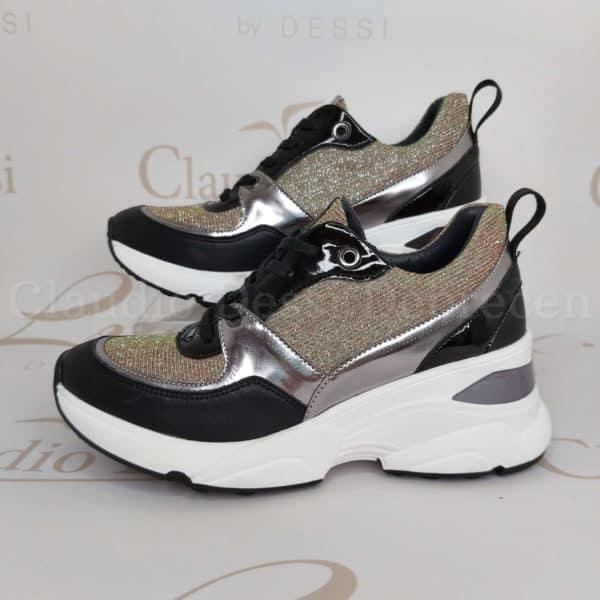 Lux by Dessi 0093-49 ezüst színjátszós sneaker