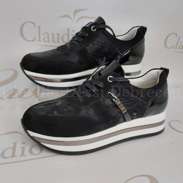 Lux by Dessi 101 fekete terpmintás sneaker