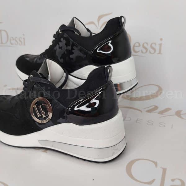 Lux by Dessi 100 fekete terepmintás sneaker