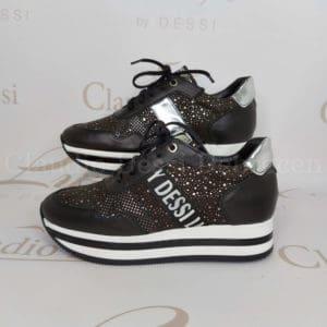 Lux yb Dessi 737/2 fekete sneaker